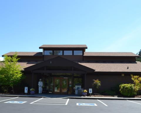 Exterior shot of the Hoodsport branch library