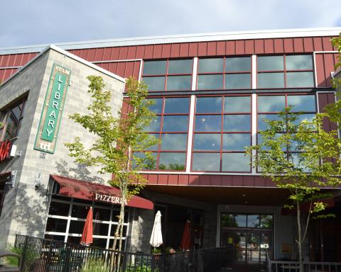 Exterior shot of the Yelm Timberland Library